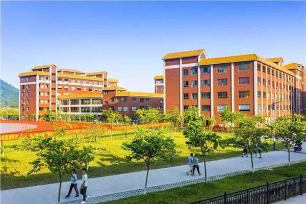 高职高考院校介绍 广州珠江职业技术学院