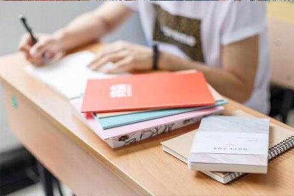停课不停学,高职高考生在家怎么复习?