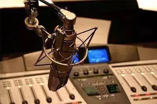 3+证书|播音与主持,专业介绍及就业前景